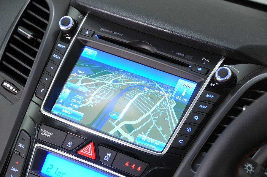 2017 hyundai i30 navigation system manual