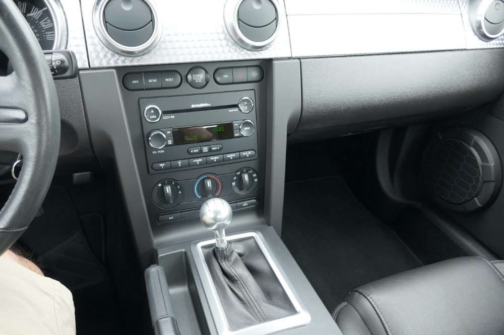ford falcon 5 speed manual forte v8