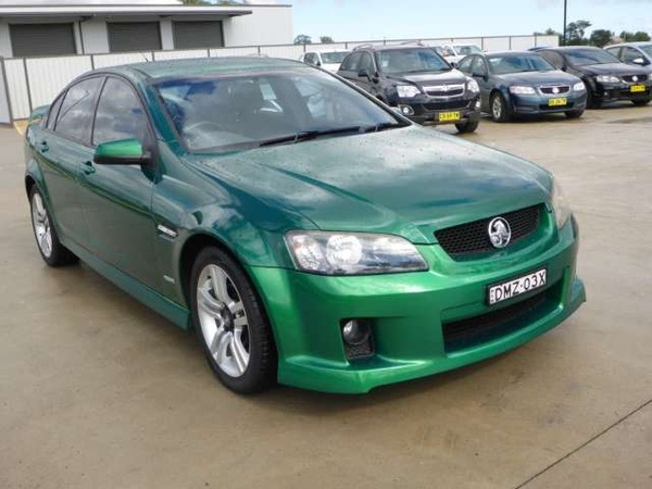 ve commodore ss v 6 speed manual reviews
