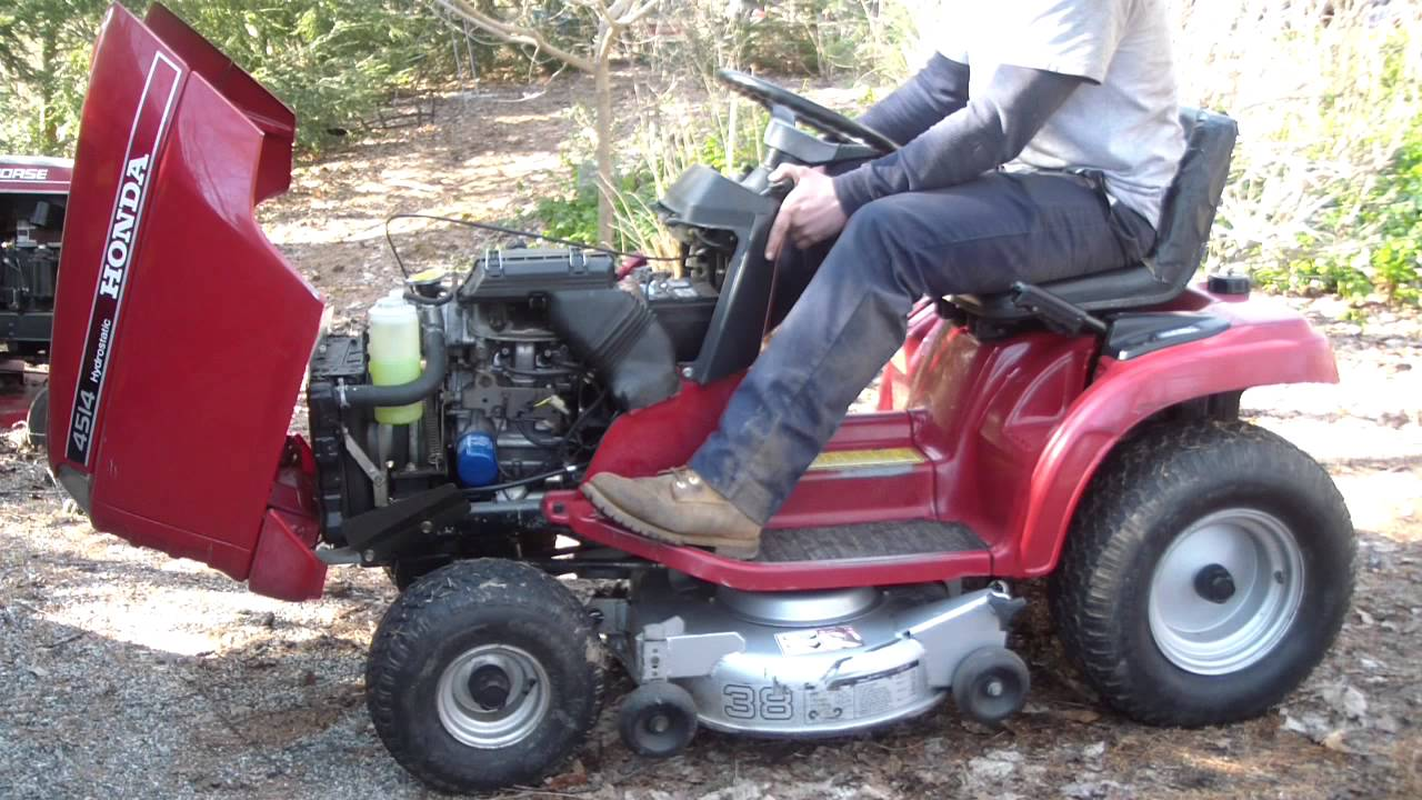 how hard is a manual lawn mower
