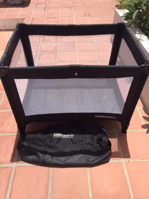 manual live and car baby cot